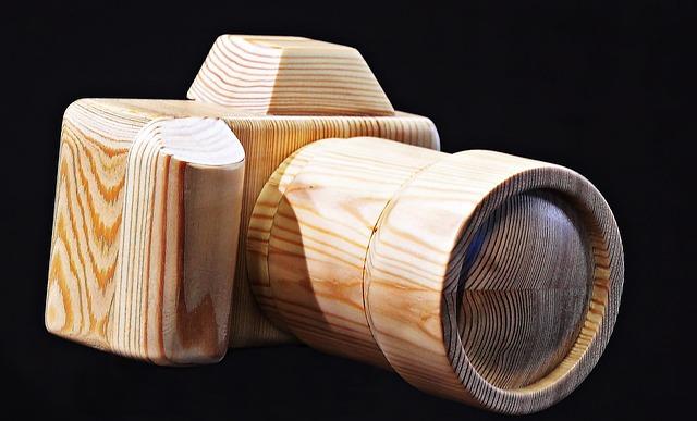 Fotoaparát ze dřeva