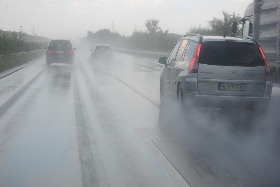 jízda v dešti